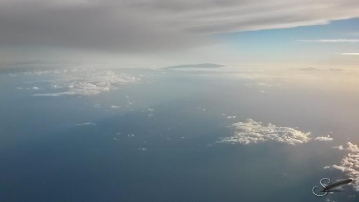 OverHawaiianIslands022015_b
